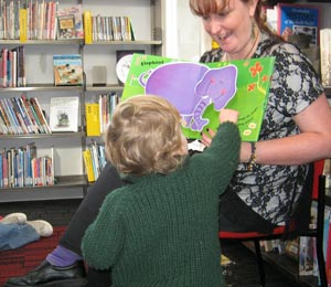 Pauline taking Island Bay Pre-school Storytime
