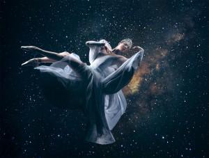 titania-on-stars-Image