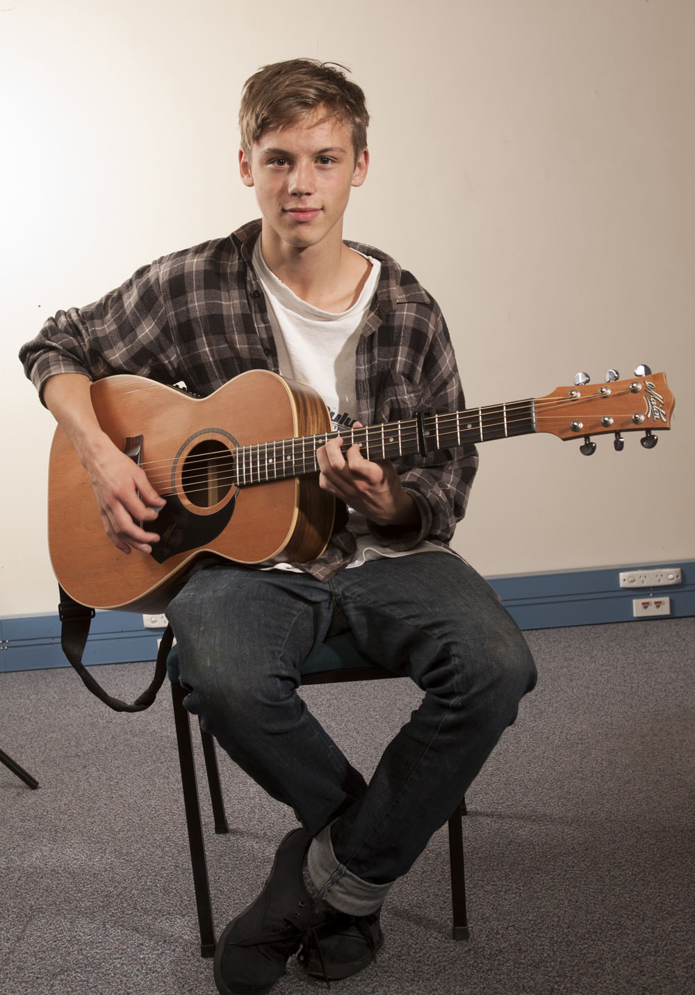 Ash Graham 16 year old singer songwriter who is one of the performers for NZ Music Month.