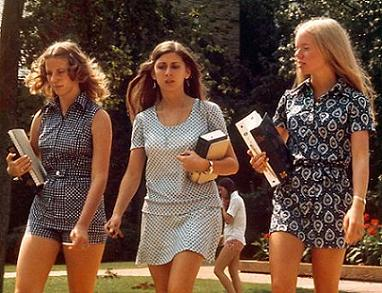 781px-1970sgirls